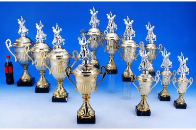 Tanzsport Pokale mit Henkel