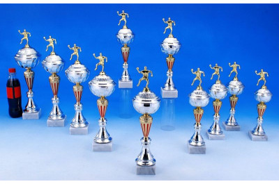 Handball Pokale in gold-silber-rot