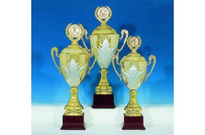 8er Pokale mit silberranken