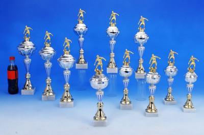 Schlanke Fußballpokal Serie 6054-34166