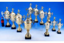 Fußball Pokale mit Henkel