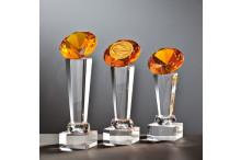 Besondere Glastrophäen mit Gravur auf Kristallsäulen Glasdiamant orange