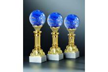 Noblesse Glas-Trophäen auf Säulen in gold mit Gravur